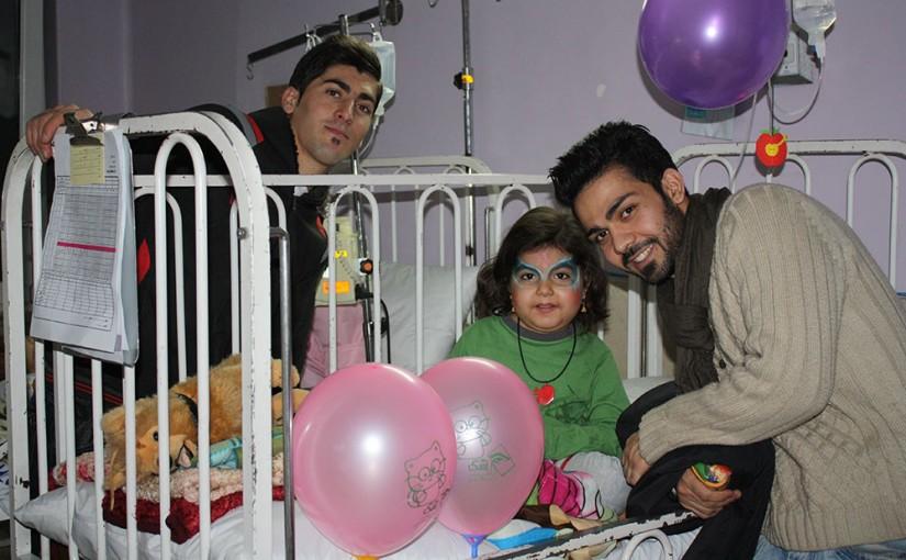 شب یلدا با کودکان بیمارستان بهرامی