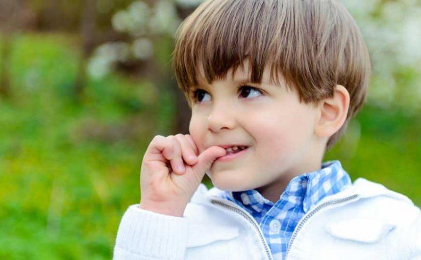 ناخن جویدن و راهکارهای مقابله با آن