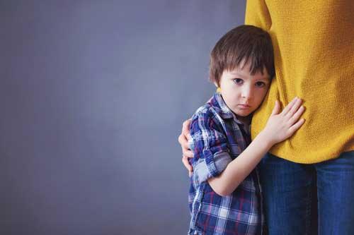 چگونه به فرزندانمان محبتمان را نشان بدهیم