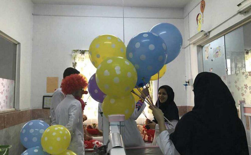 جشن بزرگ نیمه شعبان با حضور گسترده داوطلبین در بیمارستانهای کودکان تهران برگزار شد