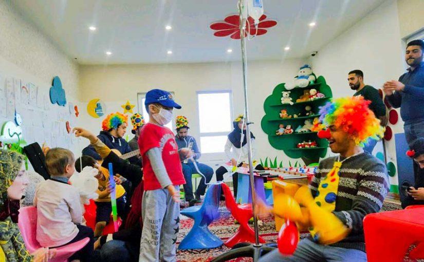 جشن عیادت در مراکز درمانی کودکان در ساری و همدان